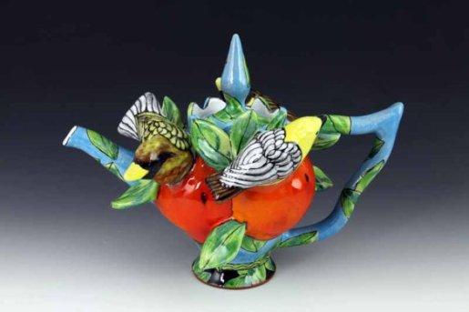 farraday-newsome-light-blue-teapot-with-yellow-birds-10x13x9-2014