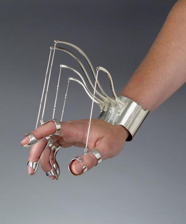 Wearable-Sculpture