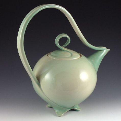 28e15cc9399a128621590bbf3cbabe6d--pottery-teapots-ceramic-teapots-thrown
