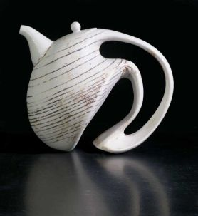 902b3fb6e1c5b95c989d97a97dab3937--ceramic-teapots-pottery-teapots